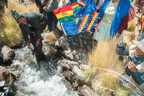 Evo-Morales-denuncia-instalacion-ilegal-de-base-militar-chilena-a-15-Km-del-Silala