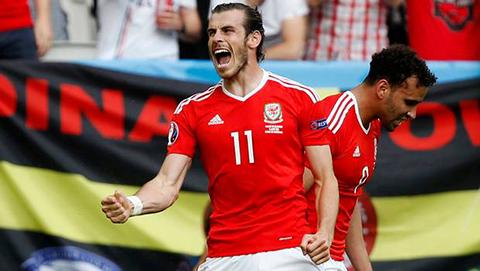Gales-vencio-a-Eslovaquia-(2-1)-con-golazo-de-Bale