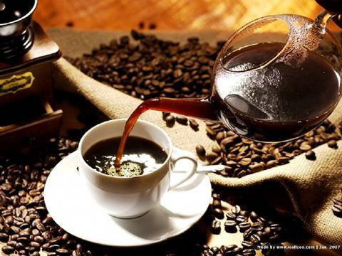 Segun-la-OMS-tomar-cafe-y-mate-muy-caliente-puede-provocar-cancer