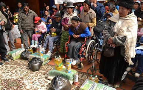 El-Gobierno-entrega-alimentos-a-229-discapacitados-graves