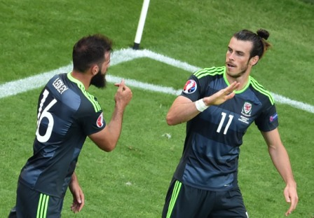 Gales,-de-la-mano-de-Bale-para-jugar-ante-Rusia