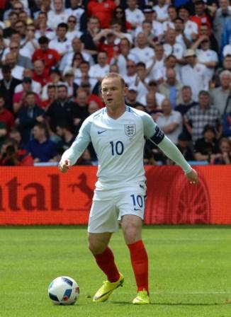 Inglaterra-quiere-la-punta-ante-Eslovaquia-