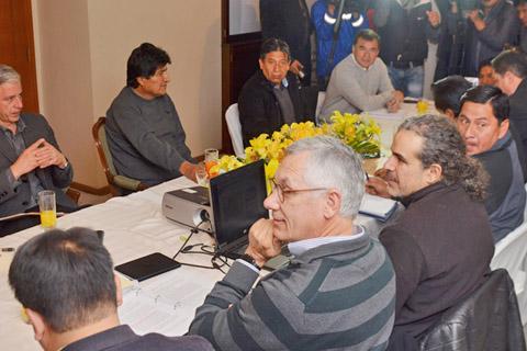 Chile-y-Bolivia-se-reunen-en-La-Haya-el-23-de-junio-por-demanda-sobre-el-Silala