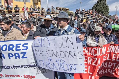 Romero-denuncia-que-trabajadores-de-la-Alcaldia-pacena-reforzaron-marcha-de-la-COB