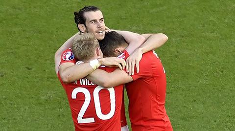 Gales-vence-1-0-a-Irlanda-del-Norte-y-avanza-a-cuartos-de-final