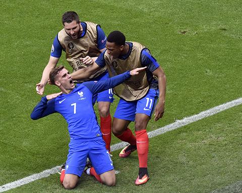 -Griezmann-rescata-a-Francia,-que-pasa-a-cuartos-de-final