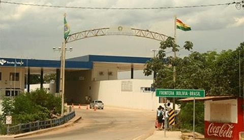 Aduana-realiza-registro-en-zonas-fronterizas-para-mayor-control-del-trafico-de-mercancias