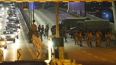 Militares-dan-golpe-de-estado-en-Turquia