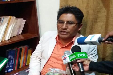 Gobernador-Patzi-se-declara-en-huelga-de-hambre-en-demanda-de-mas-recursos-