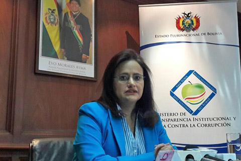 Denuncian-a-abogado-con-titulo-falso-en-el-Ministerio-de-Transparencia