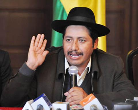 Gobernador-de-Chuquisaca-pide-a-Santa-Cruz-respetar-acuerdo-sobre-regalias-de-Incahuasi