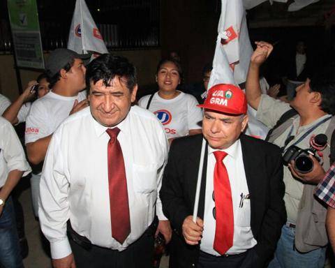 Rosas-se-declara-ganador-en-la-votacion-de-docentes-de-la-UAGRM