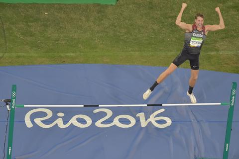 El-canadiense-Drouin-gana-el-oro-de-salto-alto-en-Rio-2016