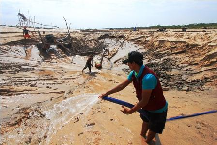 En-alerta-por-la-extraccion-de-aridos-en-el-rio-Pirai