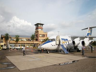 DGAC-restringe-vuelos-en-El-Trompillo