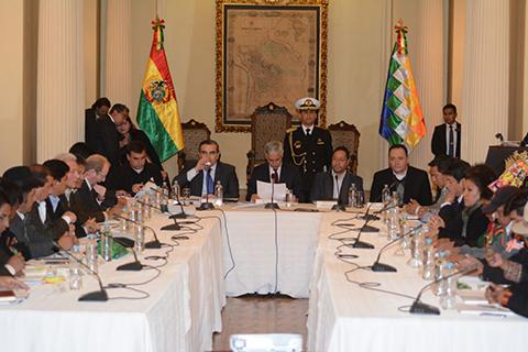 Gobernadores-opositores-ingresan-al-Consejo-Autonomico-con-la-idea-de-acelerar-el-pacto-fiscal