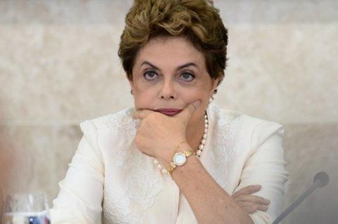 Comision-del-Senado-vota-si-el-impeachment-de-Rousseff-debe-ir-a-juicio-final
