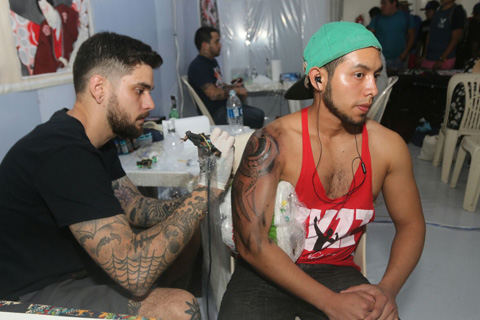 Arranco-la-IV-Convencion-Internacional-del-Tatuaje-en-Santa-Cruz