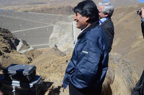 Esperan-que-en-abril-se-pueda-distribuir-agua-de-la-represa-Misicuni