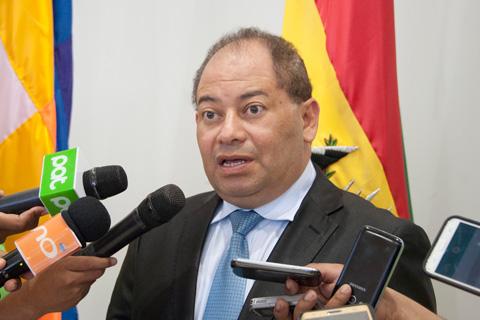 Romero-pide-a-la-Fiscalia-que-envie-las-preguntas-para-declarar-sobre-muerte-de-Illanes