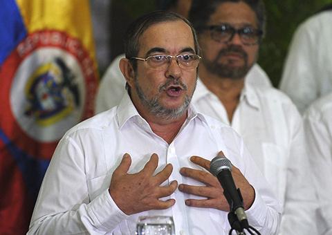 En-Colombia,-FARC-debatira-la-paz-y-no-la-guerra-por-primera-vez-en-52-anos