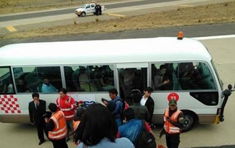 Avion-de-Boa-sufre-percanse-al-aterrizar-en-el-aeropuerto-de-El-Alto