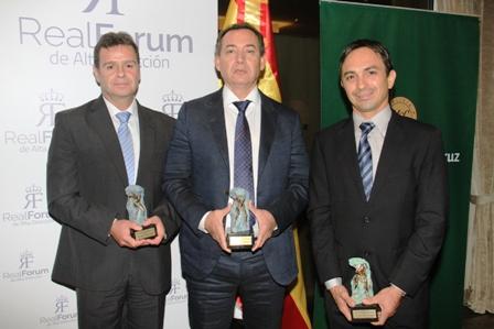 Un-galardon-de-oro-a-bolivianos-destacados