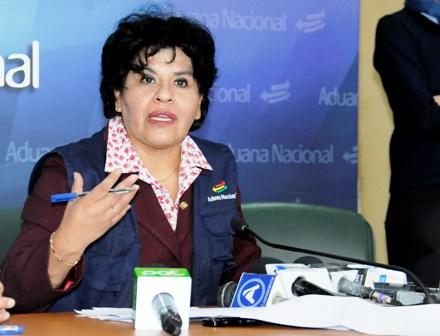 Bolivia crea Unidad de Control Aduanero