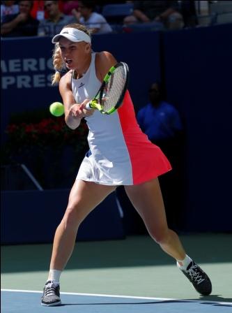 Wozniacki-y--Monfils,-los-primeros-en-llegar-a-cuartos