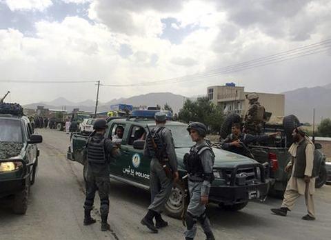 24-muertos-y-90-heridos-en-doble-atentado-suicida-en-Kabul