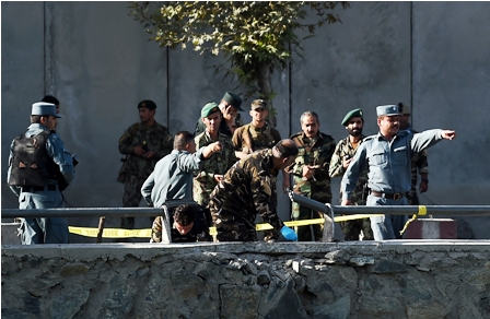 Doble-atentado-deja-24-muertos-en-Kabul