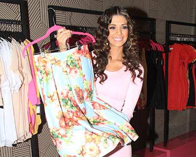 Anabel-incursiona-en-moda,-hoy-abrio-su-tienda-al-publico