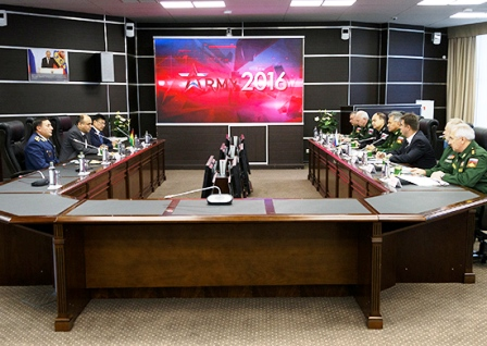 Bolivia-y-Rusia-firman-pacto-en-materia-militar