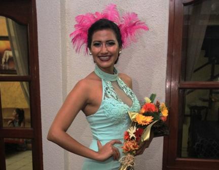 Residentes-de-Vallegrande-ya-carnavalean
