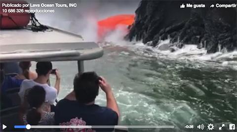Turistas-son-testigos-de-la-erupcion-del-volcan-Kilauea