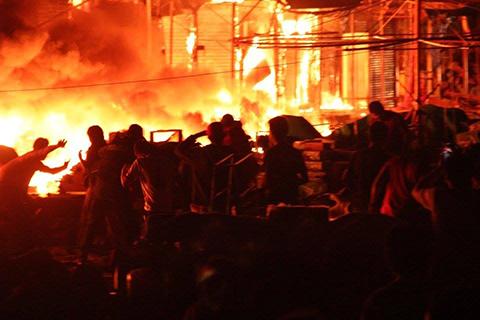 Incendio-de-magnitud-consume-un-mercado-en-Riberalta-