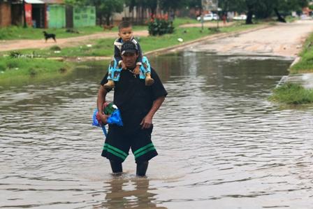 Reportan-zonas-anegadas-y-crecida-de-rios-por-lluvias