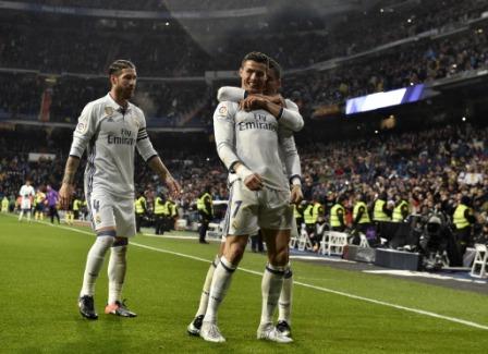 Real-Madrid-aprovecha-desliz-de-Barsa-y-Sevilla