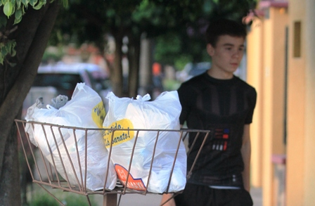 Ley-de-residuos-obliga-a-los-vecinos-a-colocar-canastos