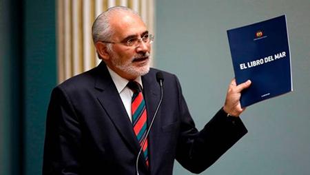 Presidente-del-senado-ratifica-a-Carlos-Mesa-como-vocero-de-la-causa-maritima