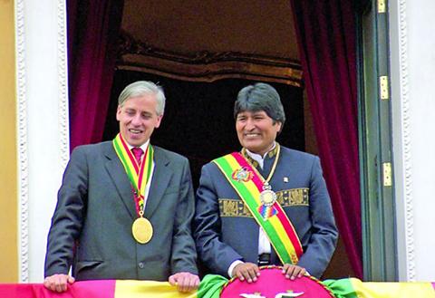 Evo-felicita-a-Garcia-Linera-por-su-cumpleanos-y-dice-que-es--insustituible--para-la-patria