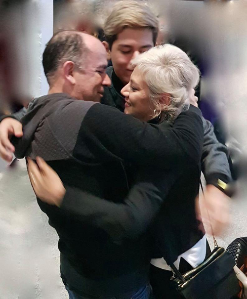 Fabiola-retorna-libre-del-cancer-y-se-reencuentra-con-su-familia