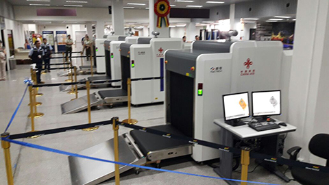 China-dona-escaner-de-equipaje-al-aeropuerto-Viru-Viru