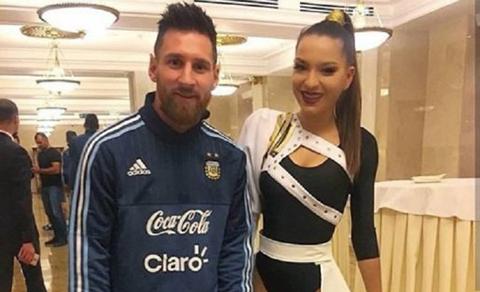 La-foto-de-Messi-con-una-hermosa-mujer-que-se-hizo-viral