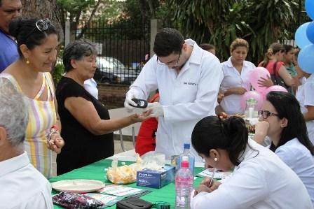 Instituciones-se-unen-contra-la-diabetes-en-Santa-Cruz