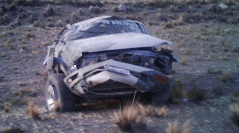 Accidente-de-transito-en-Oruro-deja-dos-militares-fallecidos