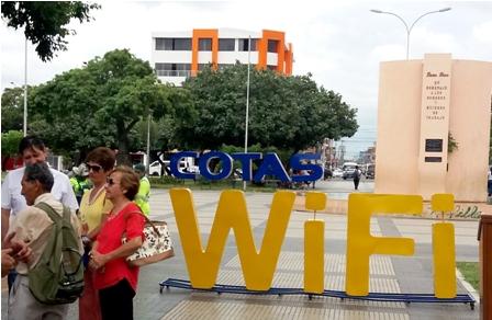 Plaza-de-la-Villa-cuenta-con-wifi-gratis