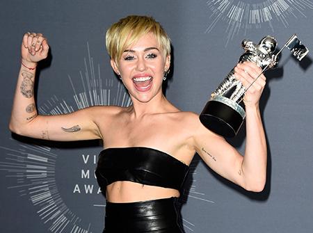 Miley-Cyrus-cumple-25-anos-este-miercoles-