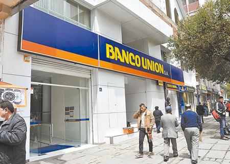 Fiscales-que-investigan-el-desfalco-al-Banco-Union,-amplian-los-tipos-penales-