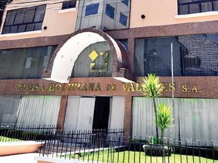 Bolsa-Boliviana-de-Valores-realizo-ceremonia-de-entrega-de-premios-bursatiles